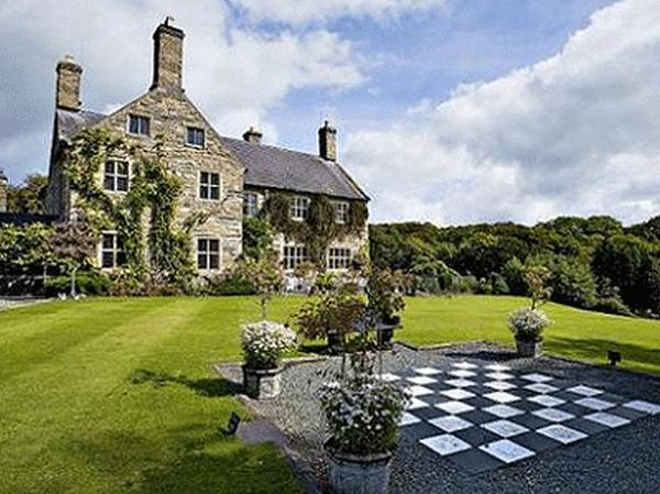 welsh manor