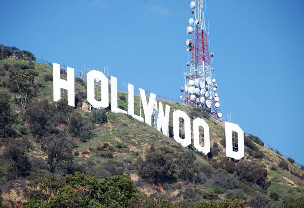 Hollywood-Sign-Land-Saved-2