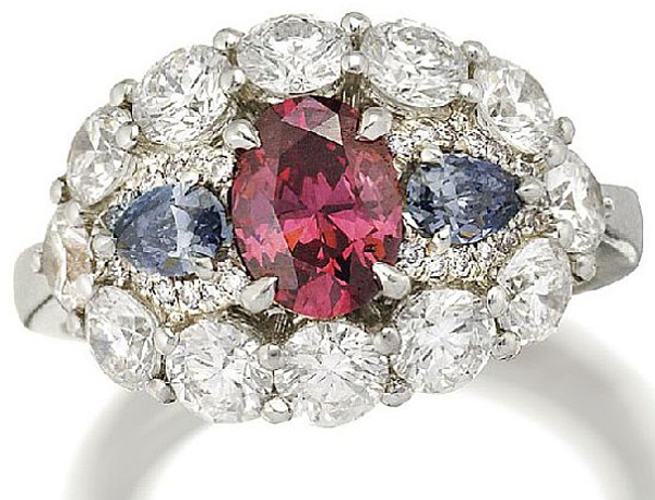 Red diamond to be auctioned by Sotheby's