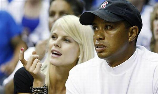 Tiger-Woods-Elin-Nordegren