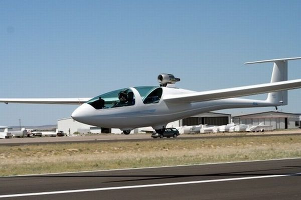 sailplane-retractable-jet