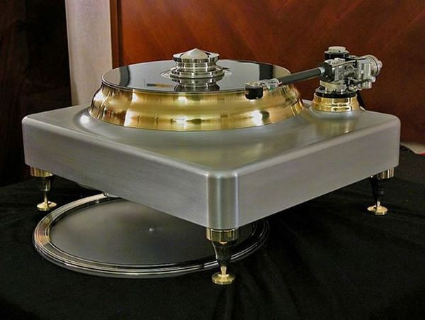 Angel-of-Music-Christine turntable