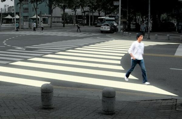 Ergo-Crosswalk-Project-Makes-Case-For-Altering-Zebra-Stripes-To-Minimize-Road-Accidents
