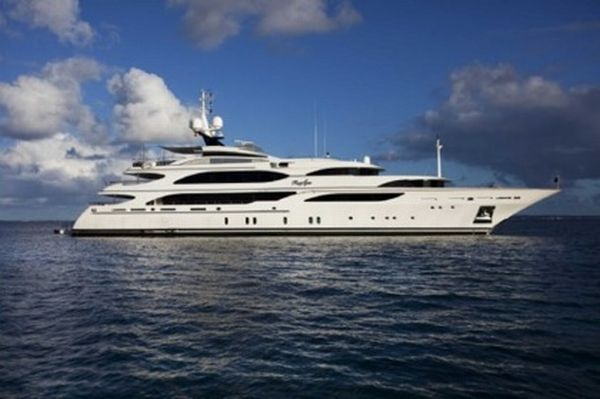 benetti-four-acres yacht