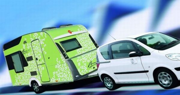 burstner-averso-plus-caravan