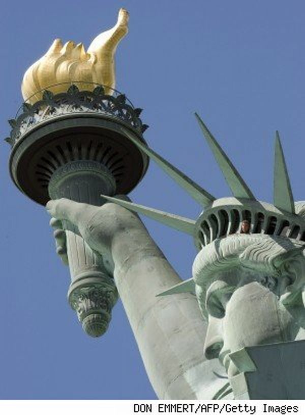 statue of liberty nose