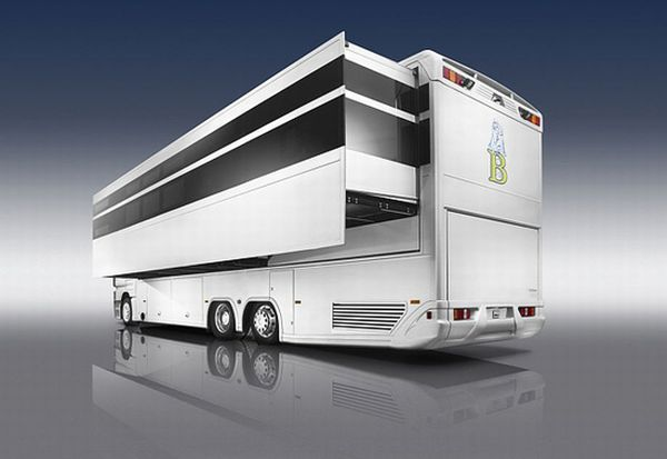 aero_caravan luxury motor home