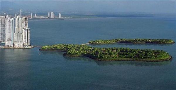panama island 1