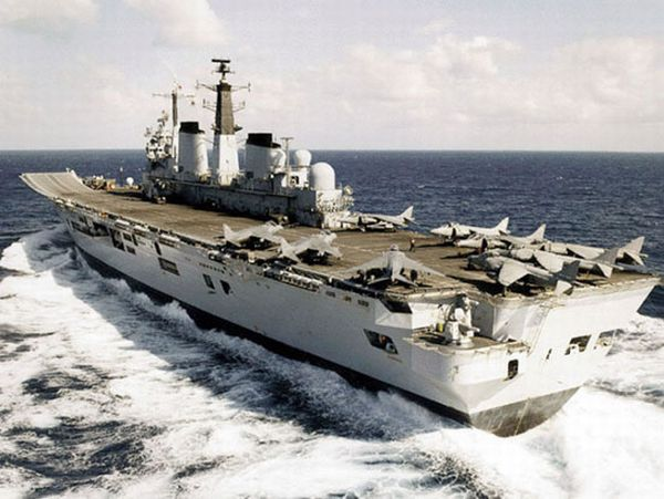 HMS-Invincible