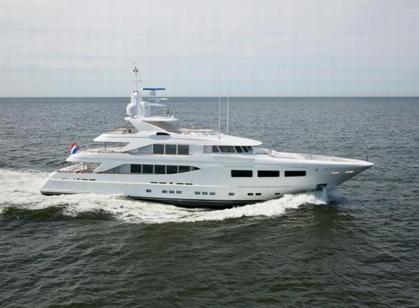 SnowbirD1 SnowbirD is the New Yacht by Dutch Yacht Builder Hakvoort