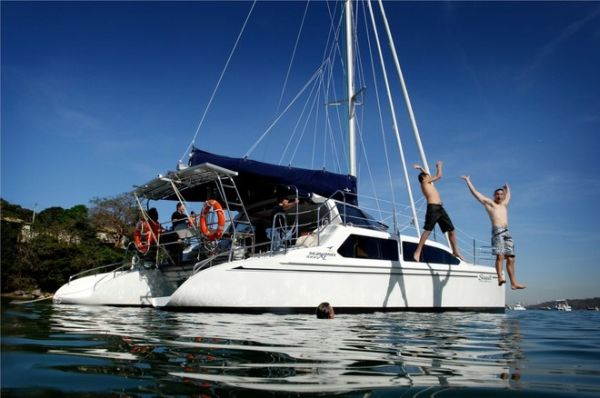 Seawind 1000XL catamaran