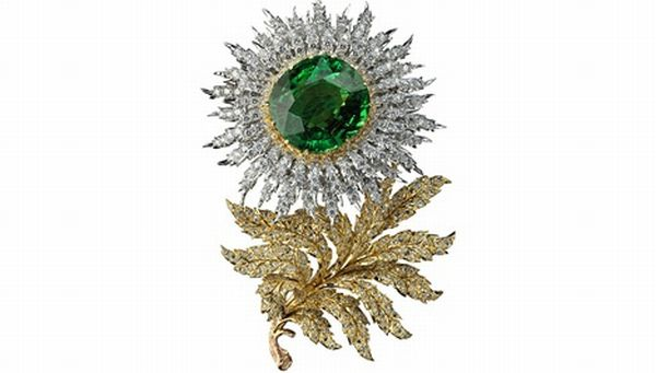 aster brooch