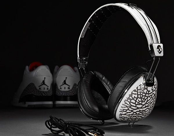 jordan-brand-skullcandy-headphones
