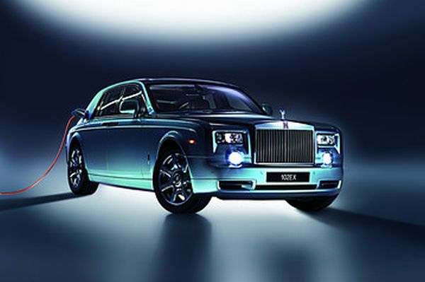 Rolls Royce Electric Rolls Royce Unveils Phantom Experimental Electric at the Geneva Motor Show