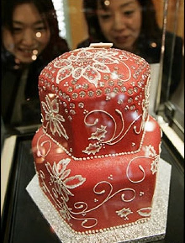 most expensive wedding cake 2010 Elite Round Up: 70 World's Most Expensive Offerings from Luxury Brands