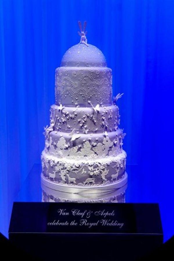 Van-Cleef-Arpels-cake