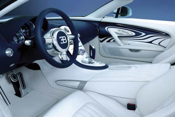 Bugatti Veyron L'Or Blanc Sports Car  6