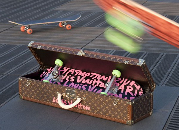 lv skateboard Super Expensive Skateboards From Louis Vuitton That Cost $8,250