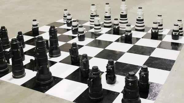 nikon_canon_chess