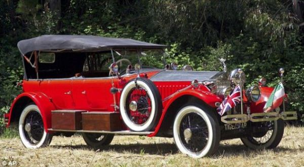 1925 Rolls Royce New Phantom Tiger Hunter 2011 Pebble Beach Auction: The Best & The Most Gorgeous Vintage Cars To Go Under The Hammer