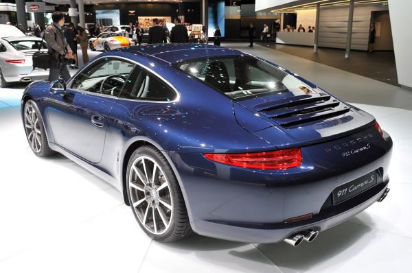 2012 Porsche 911 Carrera S 2
