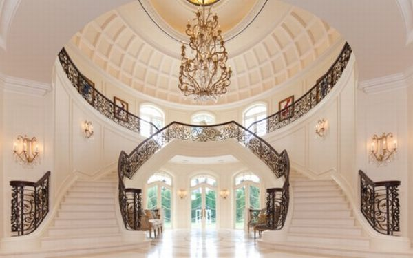 Luxurious interiors of the Mansion.