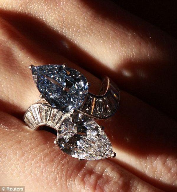 Rare Blue Diamond Bulgari ring