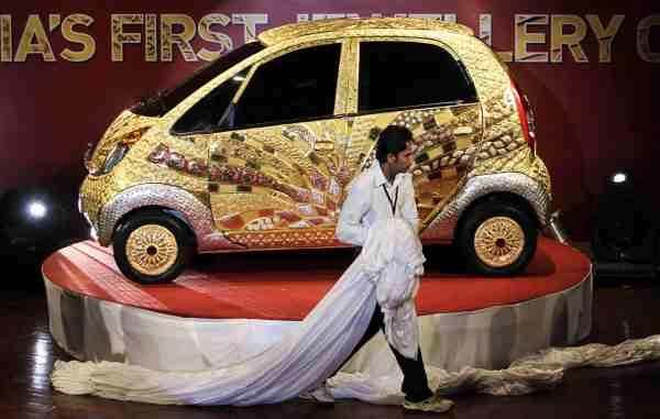 India Jewelry Car