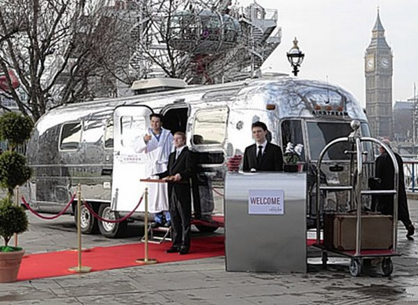 "world's smallest ""pop-up"" hotel"