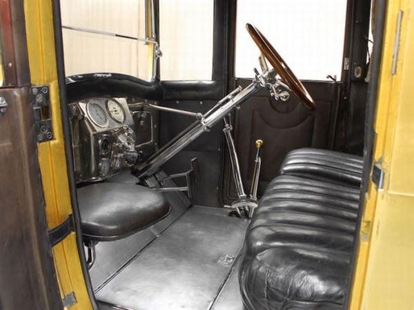 1920 Pierce-Arrow 48 Coupe 4