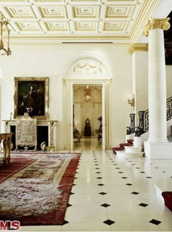 Carolwood-Drive-luxury-mansion