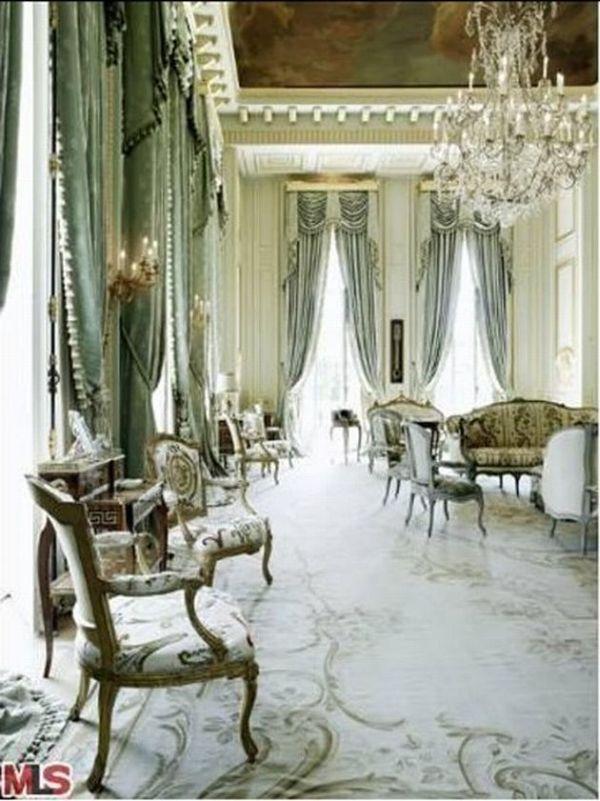 Carolwood_Drive_luxury_mansion