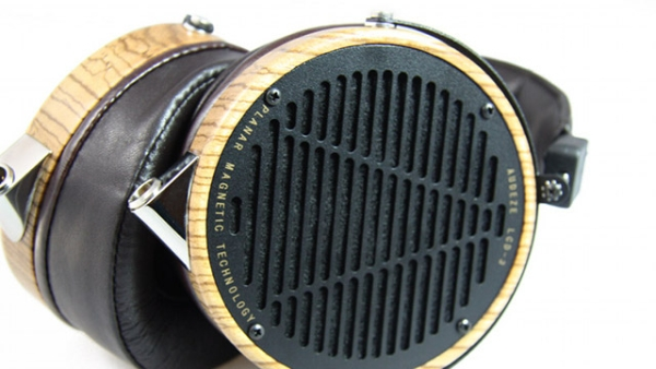 lcd-3-headphones