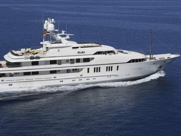 RoMa Yacht 1