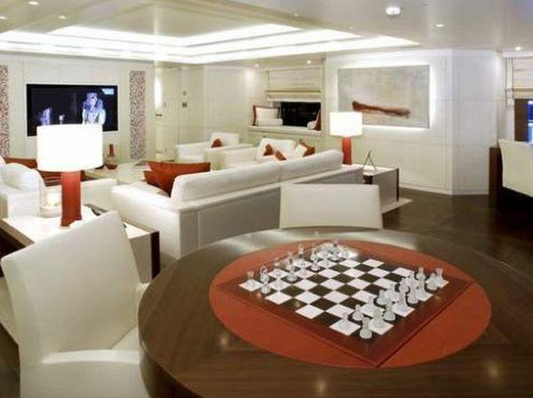 RoMa Yacht 9
