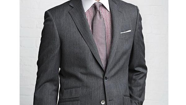 thomas_pink_suit