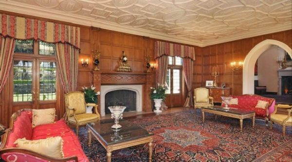 Tudor Estate 4