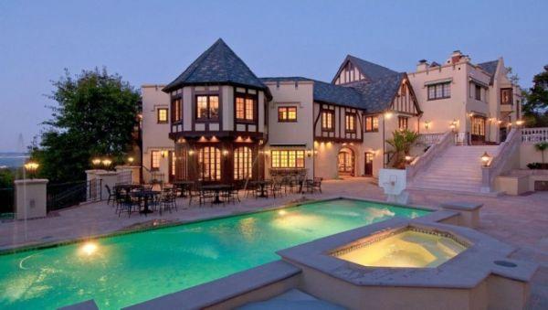 Tudor Estate 5