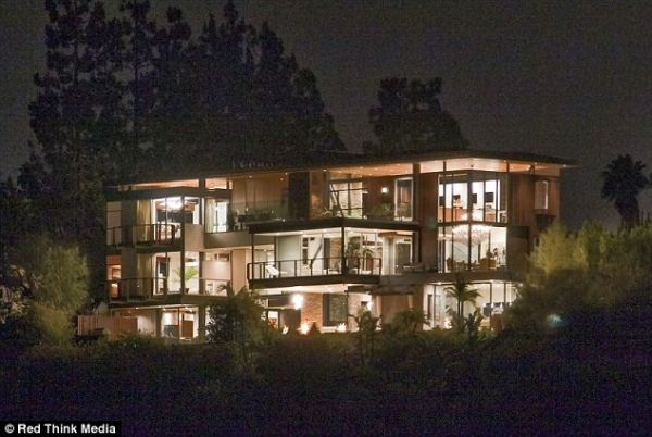 justin bieber hollywood hills mansion