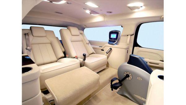 Cadillac Escalade ESV 4