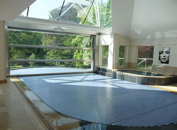 Hydrofloor Pool Cover