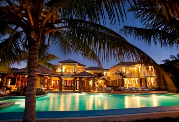 Luxury villas and luxury vacations