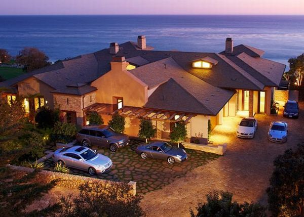 Marisol Malibu Beach house MariSol Malibu Ocean Front Estate on the Market for $17 Million