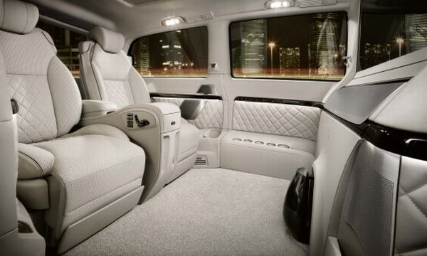 The Mercedes Benz Viano Vision Diamond Interior 2