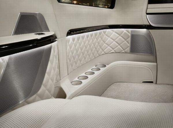 The Mercedes Benz Viano Vision Diamond Interior 4