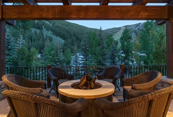 Home In The Mountains concierge and sotheby's to auction howard estate luxury home