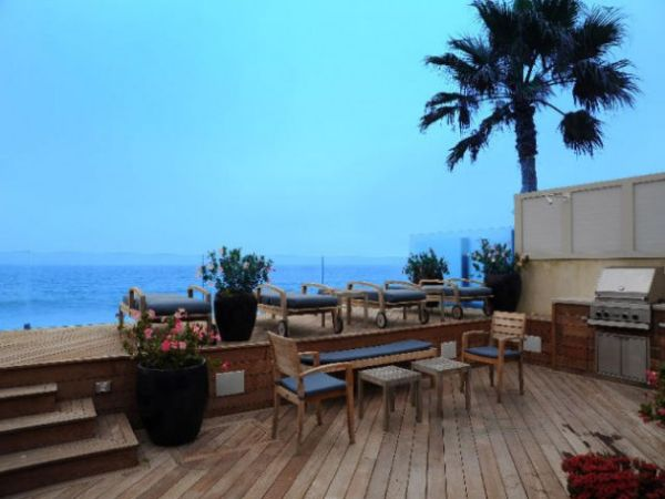 Jim Carrey Lists his Malibu Colony Home for $13.95 Million - Elite Choice