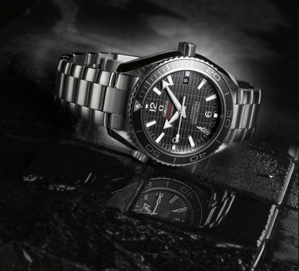 omega_seamaster_planet_ocean_600m_skyfall_limited_edition_watch