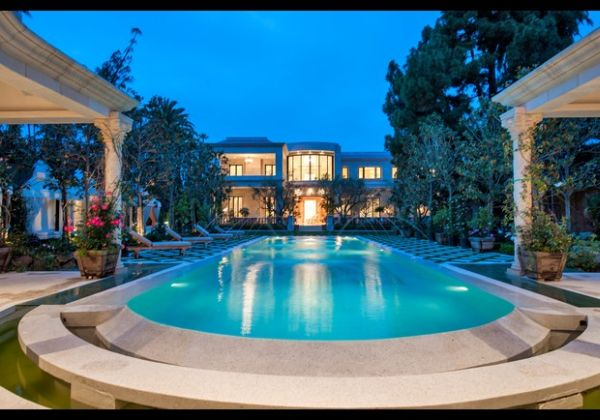 Crescent Palace in Beverly Hills by Mohamed Hadid Listed ...