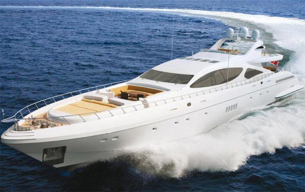 mangusta_boat